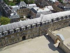 palais_du_Tau_et_tours_de_la_cathedrale_400-65a54-1.jpg